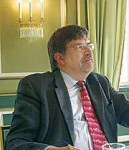 WolfgangLoehr @ innovate-sz.de