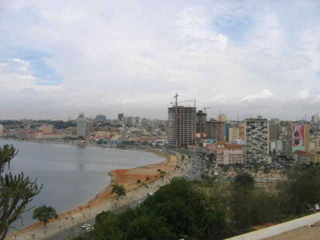 Luanda Feb 2006 @ wikipedia.org Photo: Silje L. Bakke